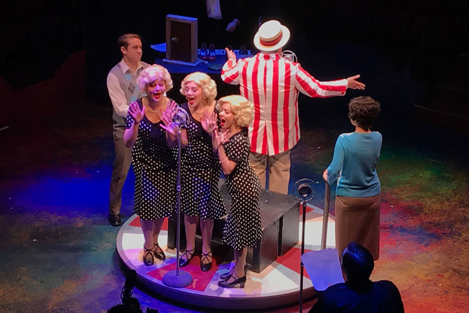 Performing Annie at Hale Theatre